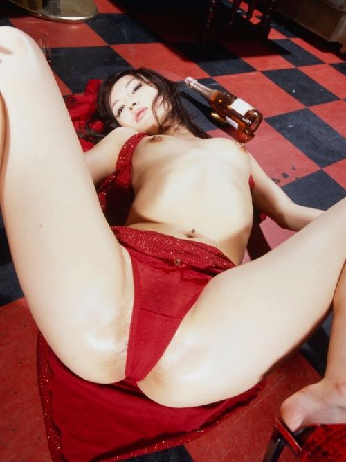 赤いランジェリー 46