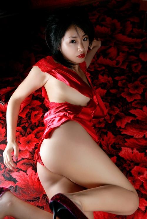 赤いランジェリー 48