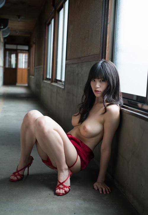 赤いランジェリー 63