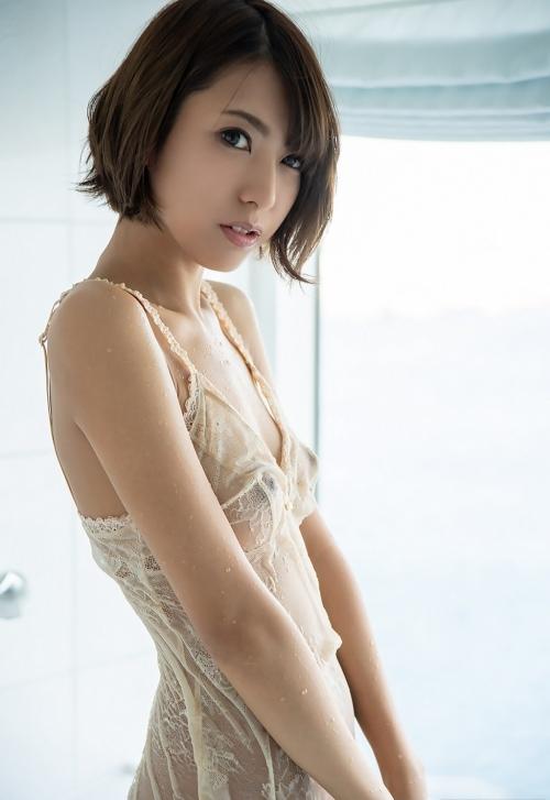 魅惑のランジェリー 06