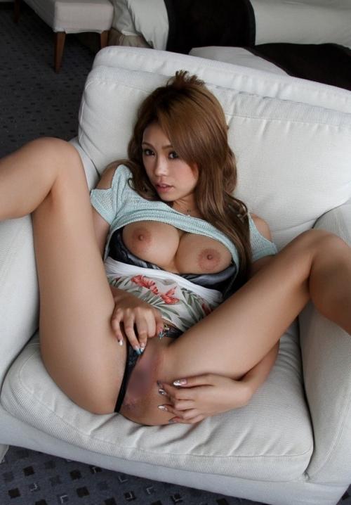 M字開脚 01