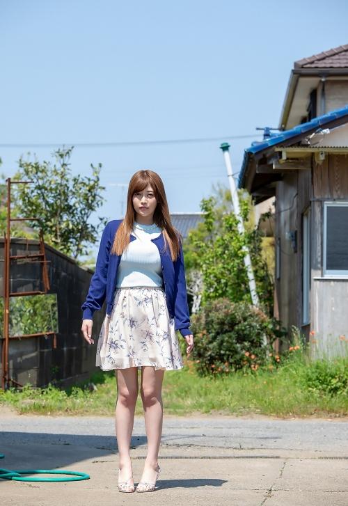 益坂美亜 01