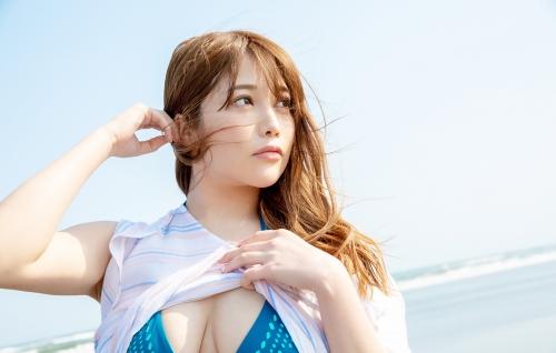 益坂美亜 71