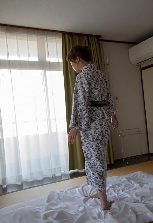 益坂美亜 96