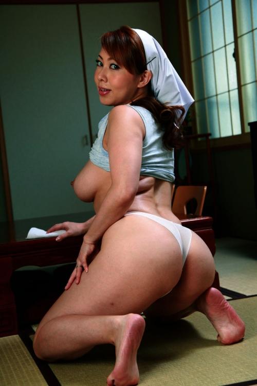 熟女 64