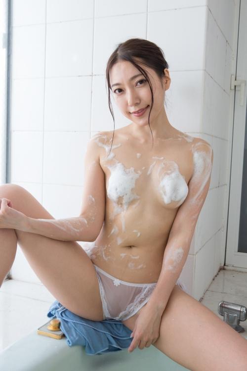 三田羽衣 13
