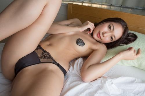 三田羽衣 64
