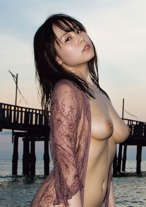 永瀬みなも 乳首 おっぱい 03