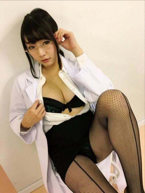 女医 52