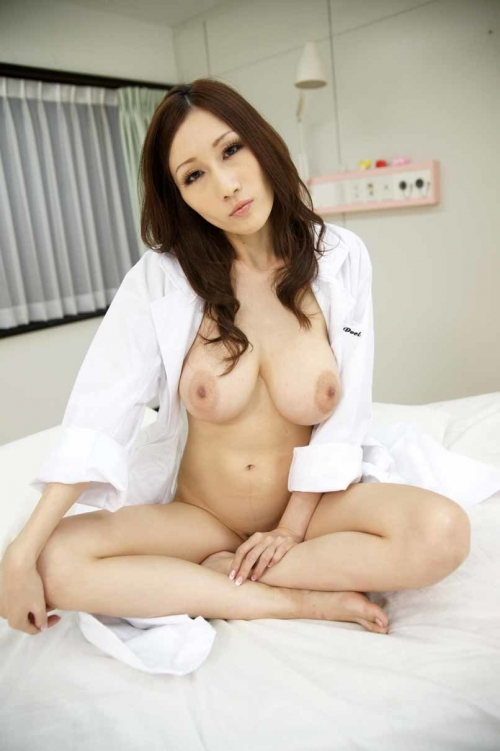 女医 60