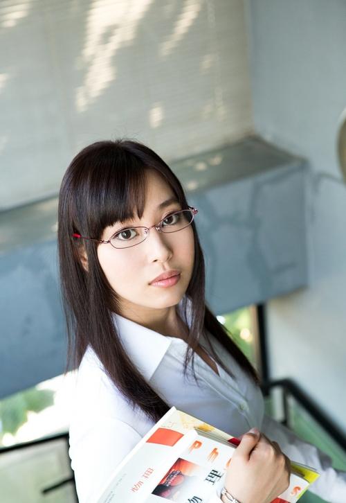 AV女優 小川桃果 Fカップ  女教師コスプレヌード 03