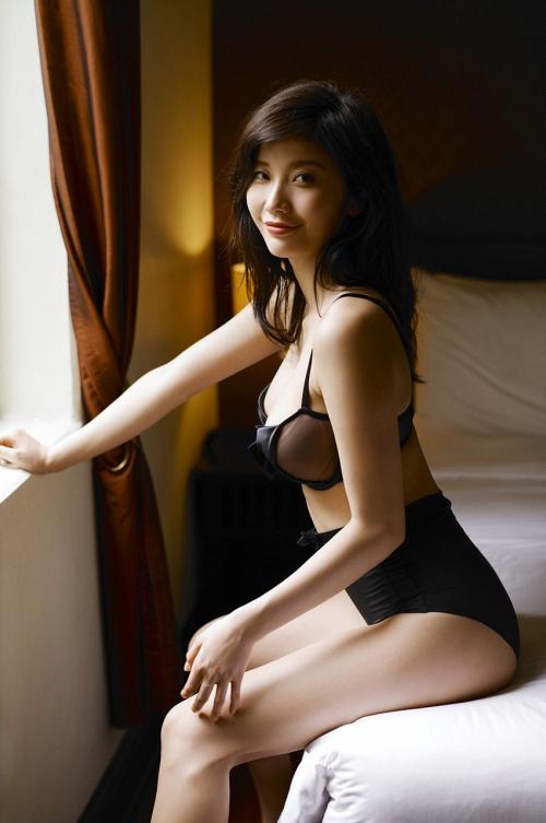 小倉優香 157