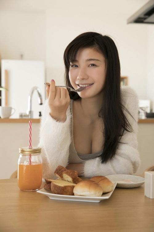 小倉優香 48