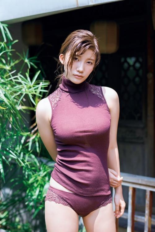 小倉優香 02