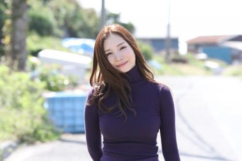 小野夕子『湘南の女』ヌードグラビア 18