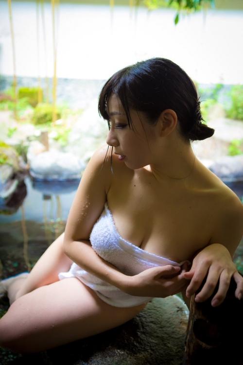 温泉 ヌード 01