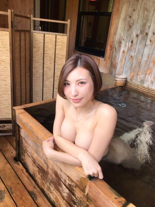 温泉 ヌード 03