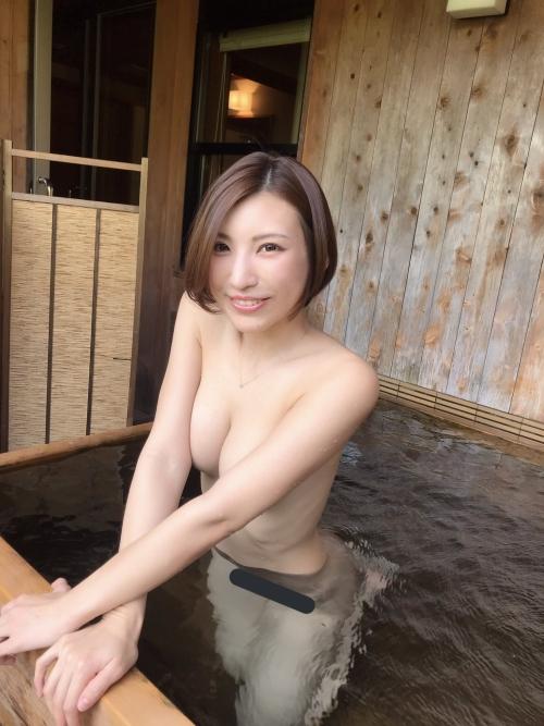 温泉 ヌード 04