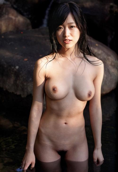 温泉 ヌード 34