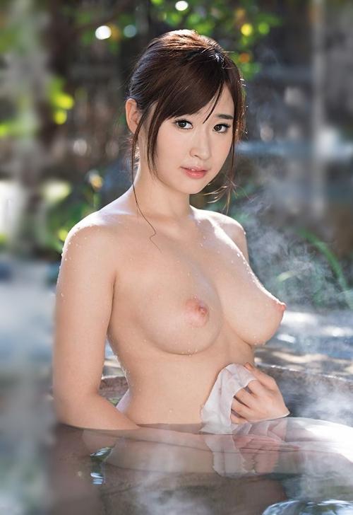 温泉 ヌード 38