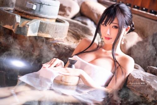 温泉 ヌード 53