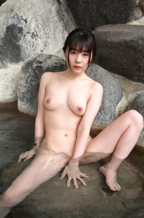 温泉 ヌード 56