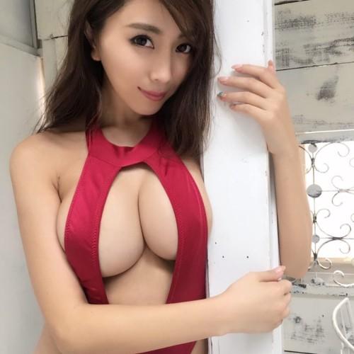 森咲智美 下乳