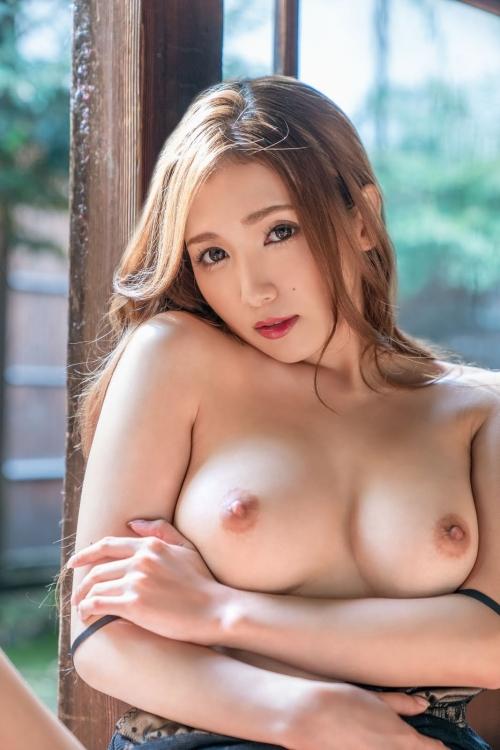 癒しのおっぱい AV女優 82