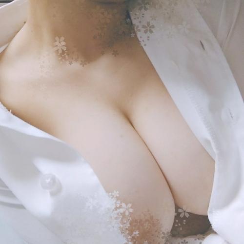 癒しのおっぱい AV女優 46