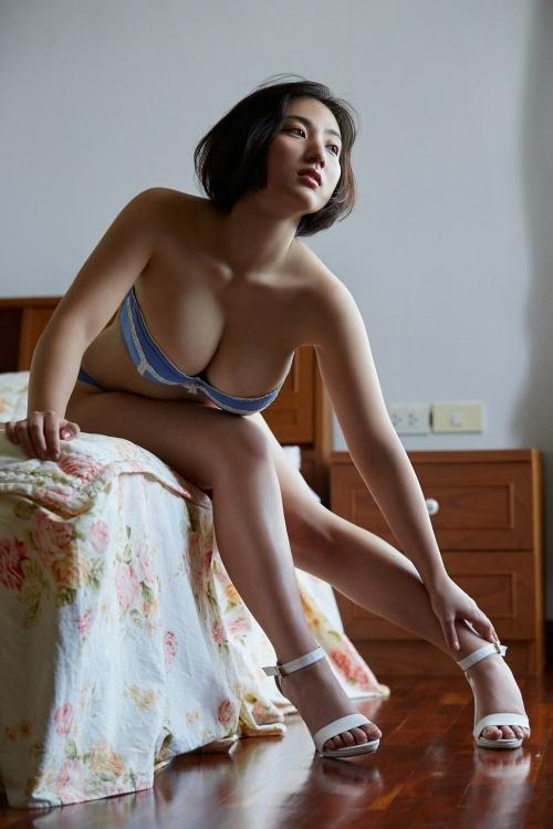紗綾 32