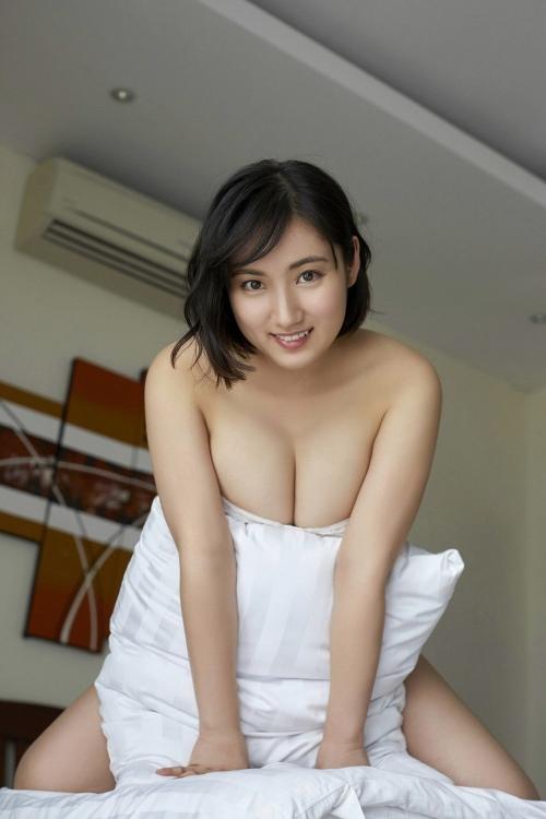 紗綾 68