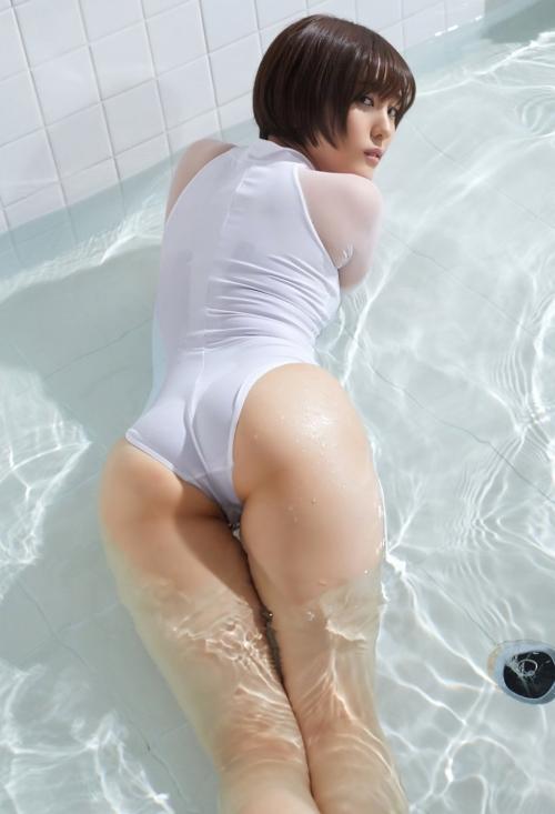 競泳水着 お尻 72