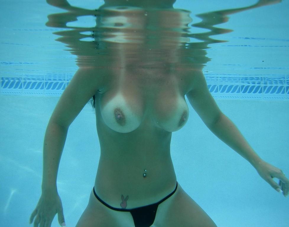 水中 水着