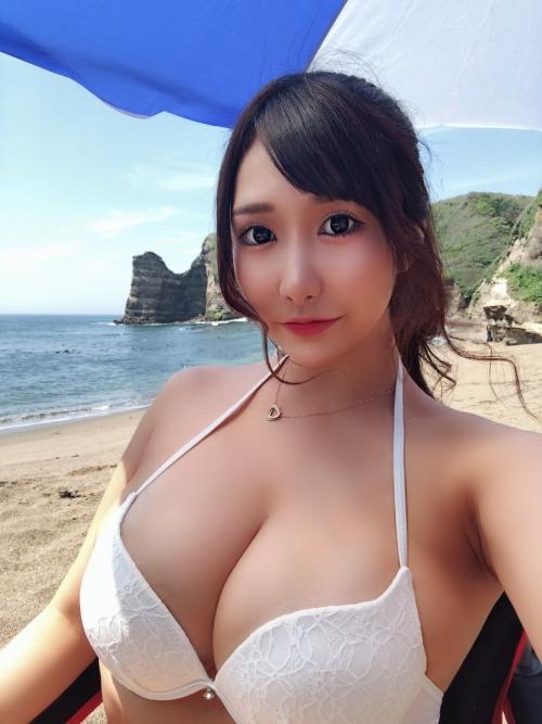 若月みいな(元・若槻みづな) 91