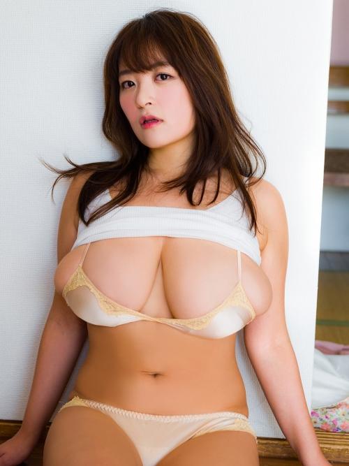 柳瀬早紀 10