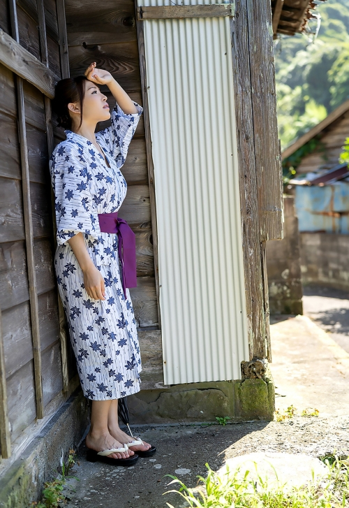 AV女優 凛音とうか 浴衣 01