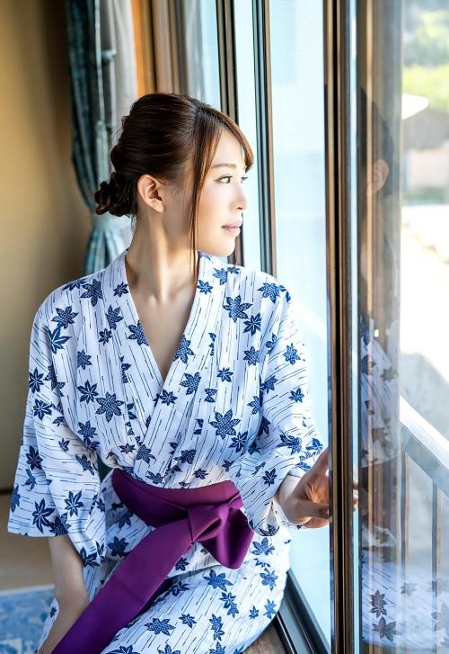 AV女優 凛音とうか 浴衣 03
