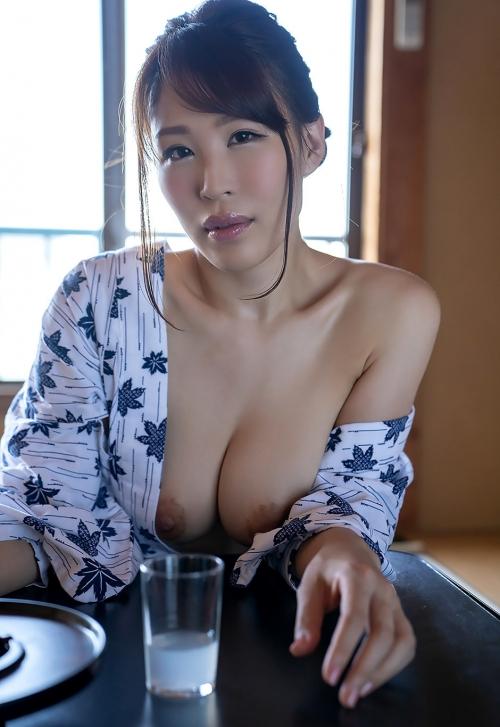 AV女優 凛音とうか 浴衣 09