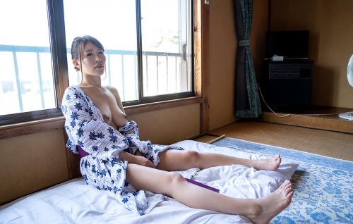 AV女優 凛音とうか 浴衣 10