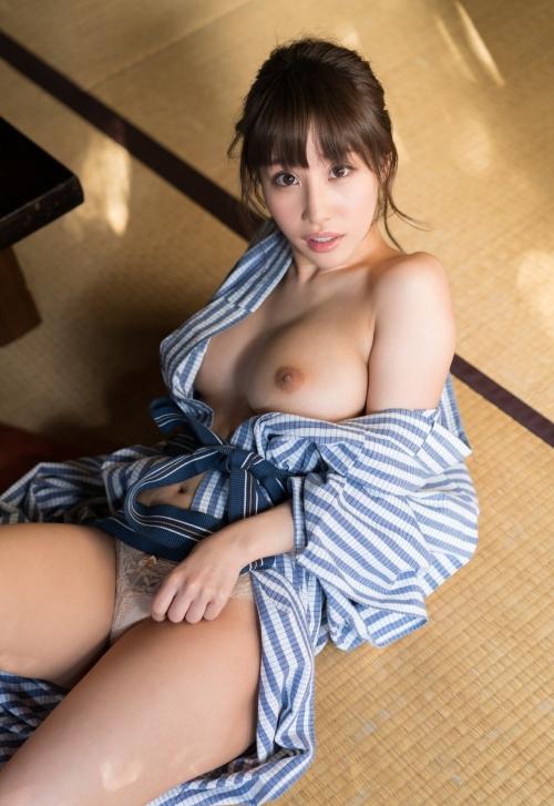 AV女優 あやみ旬果 浴衣 95