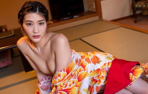 AV女優 本庄鈴 浴衣 137