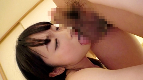 【ARA】スレンダー美少女20歳のプラネタリウム受付ゆうはちゃん参上! 10