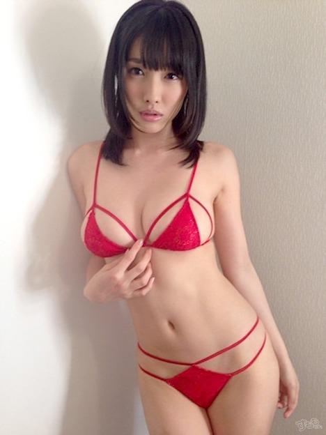 今野杏南の乳首 18-4