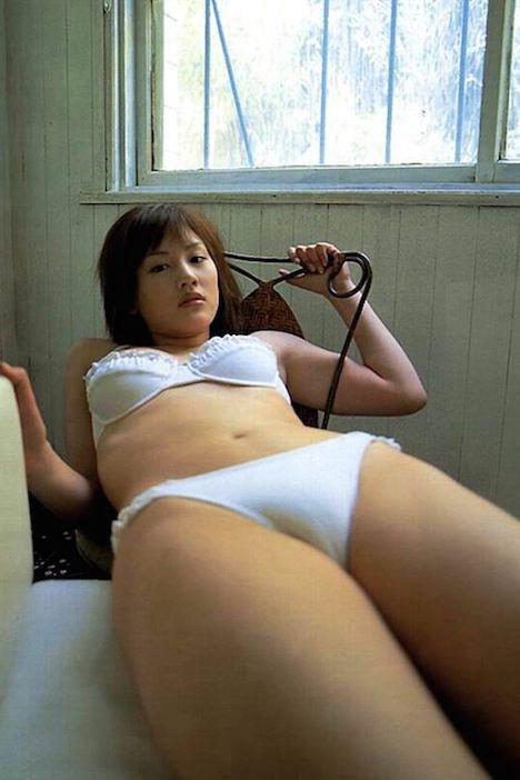 【動画】人気女優の濡れ場シーンのエッチな乳首wwwwwww