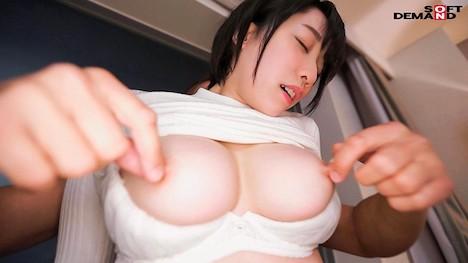 【新作】どんな刺激も痛みも笑顔で受け入れる変態ちゃん ドM界の新星 梨々花 AV debut 3