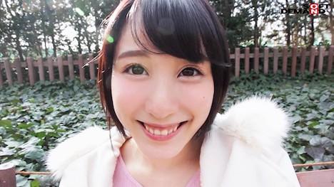 【新作】どんな刺激も痛みも笑顔で受け入れる変態ちゃん ドM界の新星 梨々花 AV debut 8