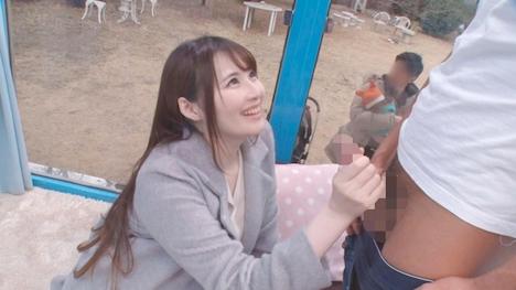 【SODマジックミラー号】えみ(22) 人妻 マジックミラー号 真正中出し!きれいな若妻がすぐ側に旦那さんがいるのに・・・ 3