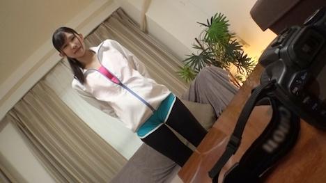 【投稿マーケット素人イッてQ】ランニング中の大学生をナンパしたらノーパンノーブラ! 2