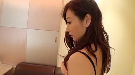 【投稿マーケット素人イッてQ】SNSで知り合った初対面の男に性欲を爆発させる人妻 2