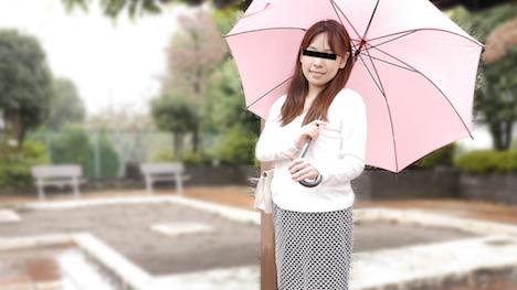 【天然むすめ】素人初撮り!生チンコください 山咲ことみ 28歳